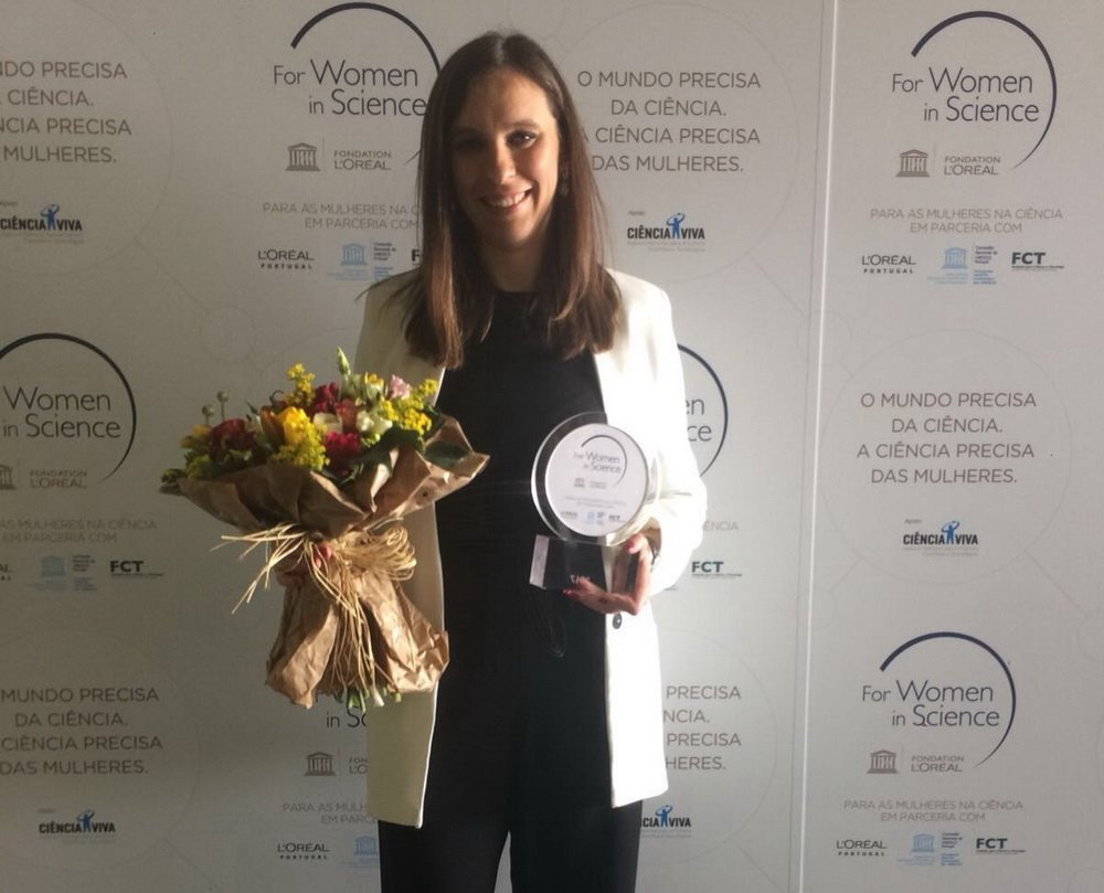 Margarida Fernandes wins Medal of Honor L'Oréal Portugal
